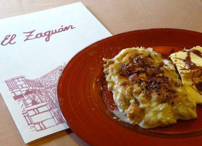 Torrija caramelizada con toffe y un toque de helado en el restaurante El Zaguán